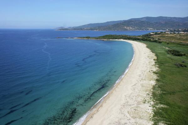 patrimoine_naturel_plage_du_liamone_pole_ouest_corse_office_de_tourisme_2501320150819122643_600x401x75